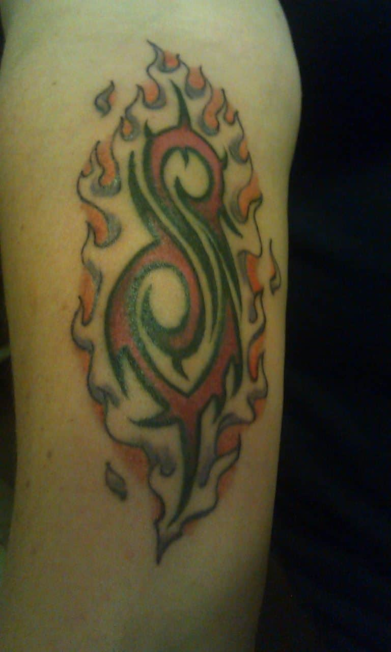 Who has some Slipknot Ink???